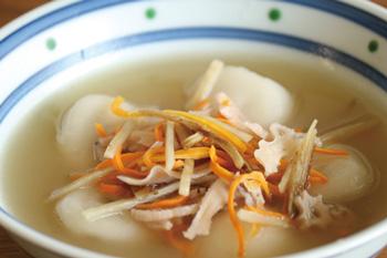 乾燥野菜を使った「水餃子&野菜ミックス煮込み」